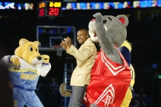 Clutch and Rocky dancing with Chris Tucker